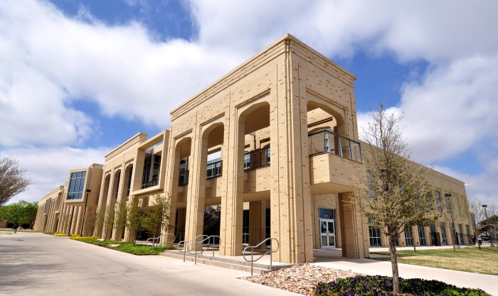 PROJECT: ACU Wellness Center | Cast Stone