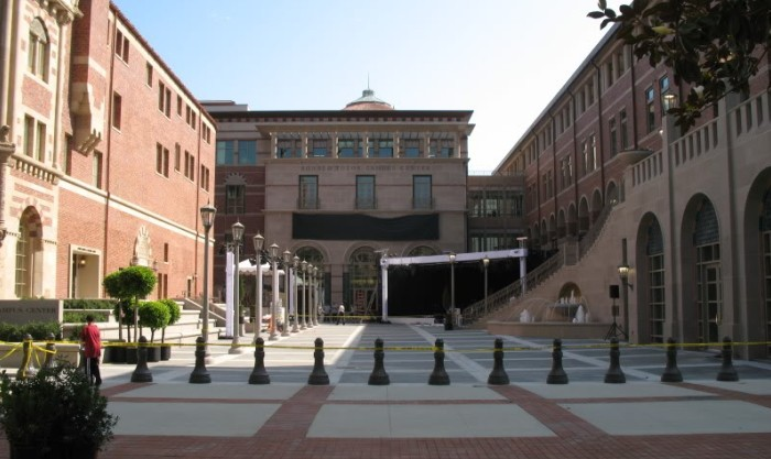 USC Ronald Tutor Campus Center | Cast Stone, Precast, GFRC | AC Martin Partners Architects | R & R Masonry