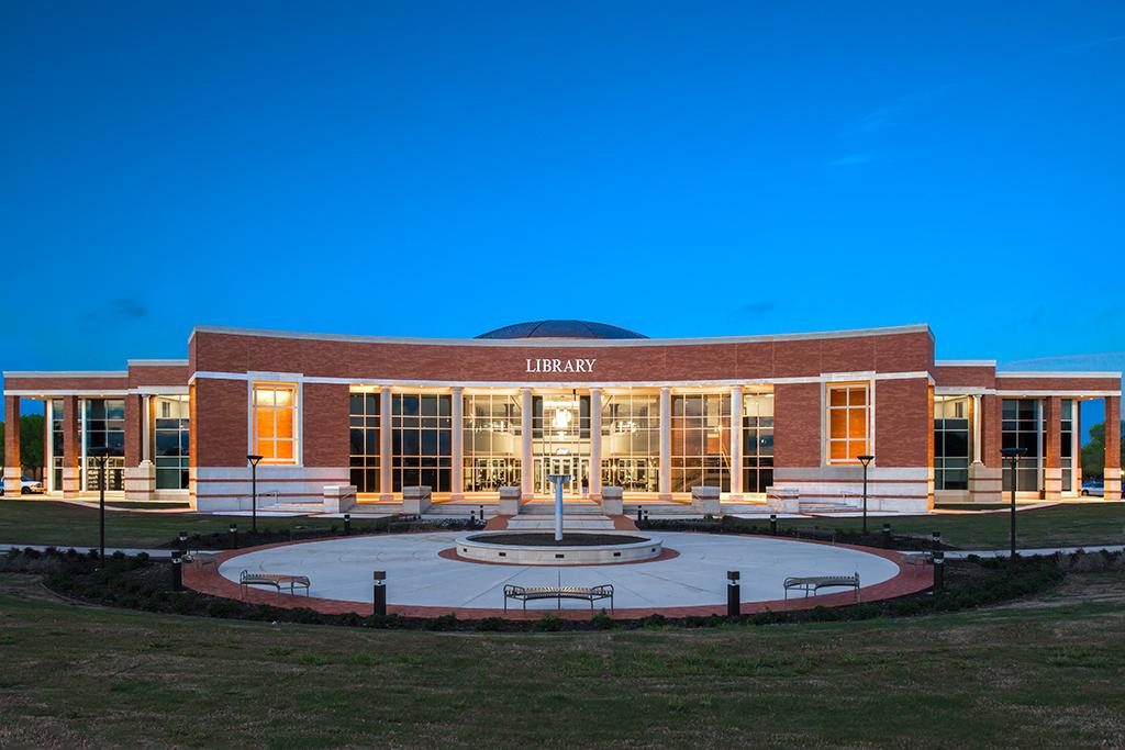 Collin Campus Library | Architectural Precast | Cast Stone | Architects:PBK Architects | Desired Design Finish and Dome