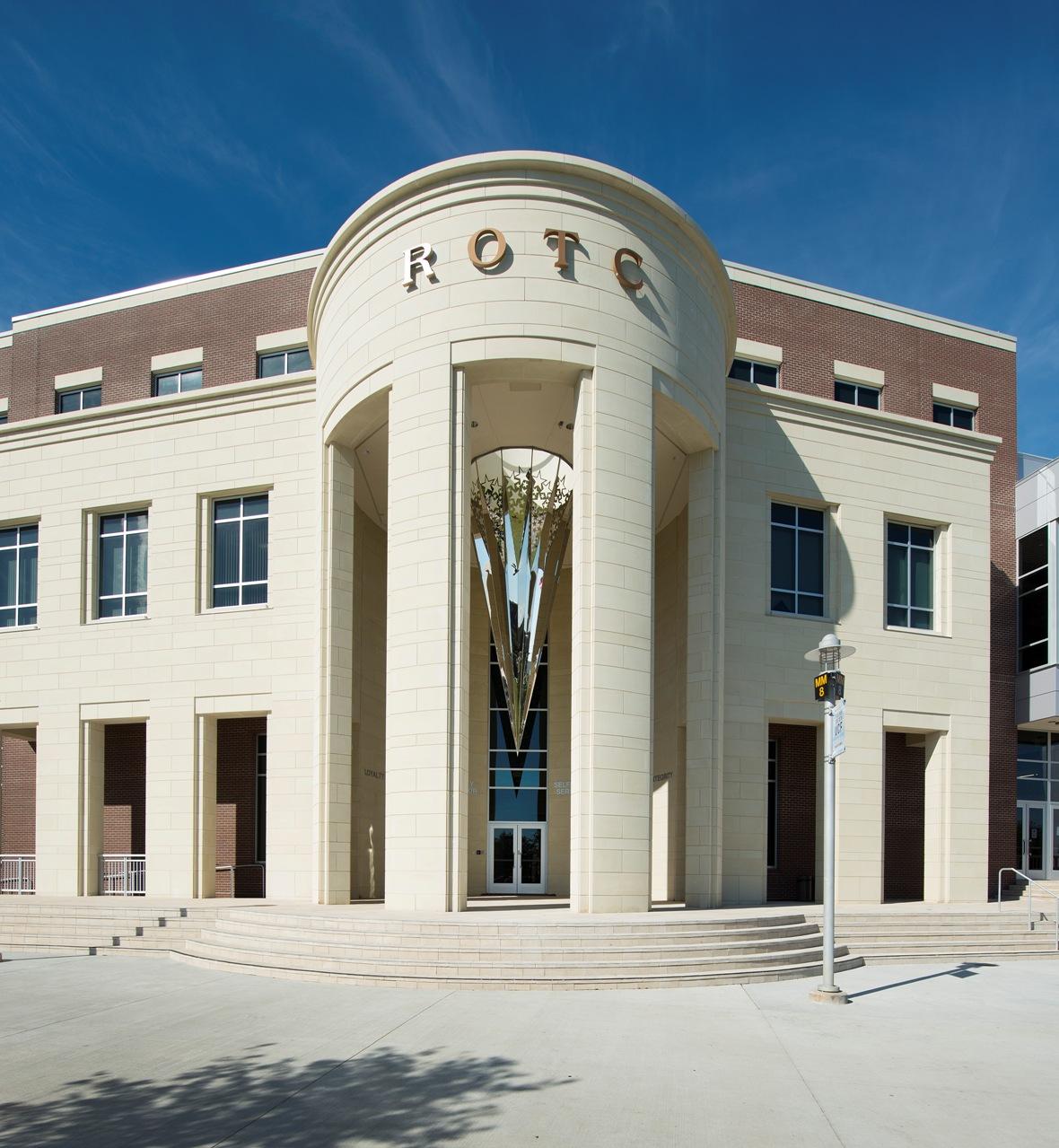 AAS 2014 CSI Award   ROTC Classroom # 2   Materials Used: Architectural Precast, Cast Stone   Schenkel Shultz, Architecture/ Interior Design