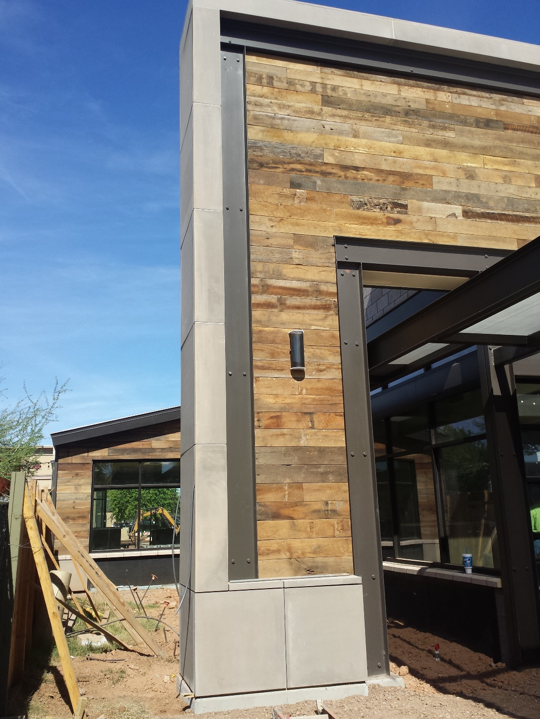AAS Plant: Mesa Precast in Tempe, AZ | Architectural GFRC Panels Veneer Adding Accent to Wood and Steel Elevation - Gilbert Snooze Restaurant, AZ