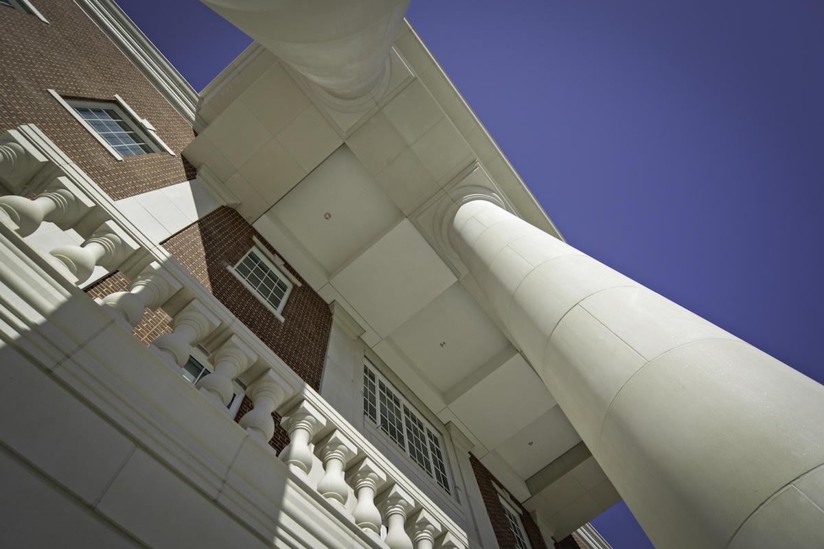 SMU Simmons Hall | Cast Stone, GFRC, Precast Concrete | Large Size Columns Designed using Custom Molds | DOWNLOAD AND LEARN MORE >>