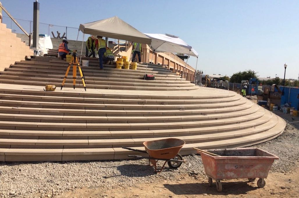 Ft Worth Arena | Wet-pour Architectural Precast Concrete Stone for Circular Stair Tread Design