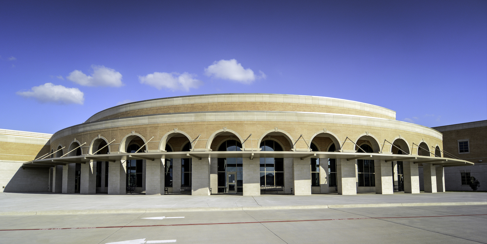 Project: Lebanon High School, Frisco, TX | Skinner Masonry | Stantec Architects | Product Applications: Dry Vibrant-tamp Cast Stone, GFRC